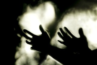 pleading-hands-1050x700